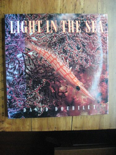 9780934738545: Light in the Sea