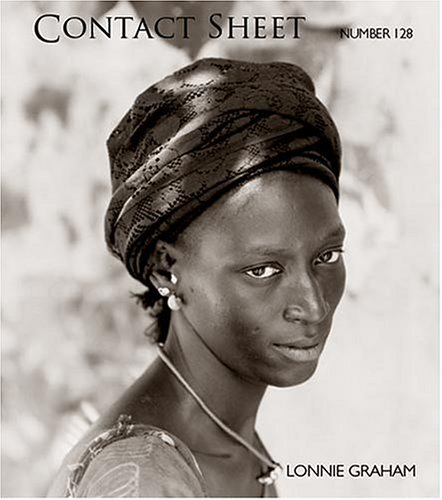 9780935445381: Contact Sheet 128: A Conversation with the World