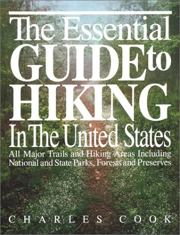 9780935576412: Essential Guide to Hiking in the United States