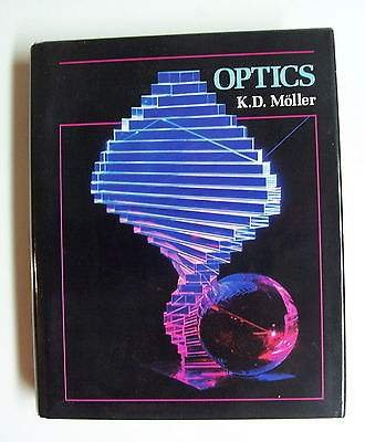 Optics: Moller, K. D.