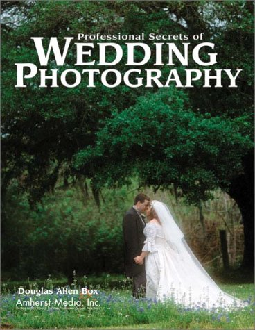 9780936262925: Professional Secrets of Wedding Photography