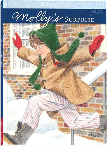 9780937295250: Molly's Surprise: A Christmas Story, Book Three (The American Girls Collection)