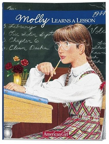 9780937295847: Molly Learns a Lesson 1944 : A School Story, Book 2