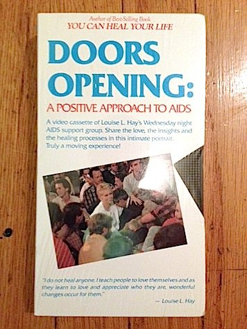 9780937611180: Doors Opening: A Positive Approach To Aids [VHS]