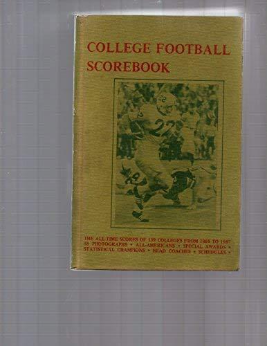 9780938428091: College Football Scorebook