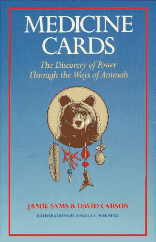 9780939680535: Medicine Cards: The Discovery of Power Through the Ways of Animals/Book and Cards