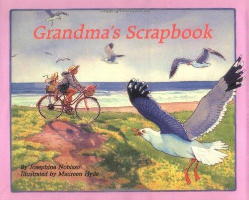 9780940112025: Grandma's Scrapbook