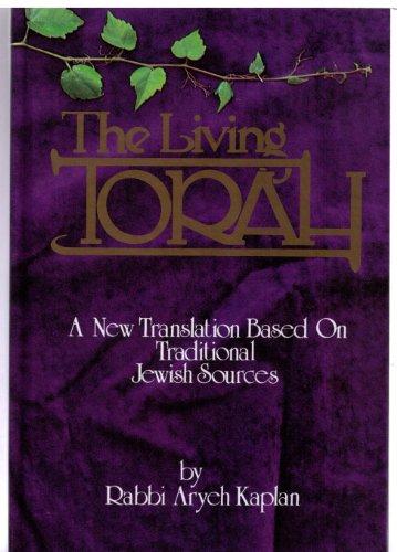 9780940118355: The Living Torah English Edition with Haftarot, Bibliography, & Index