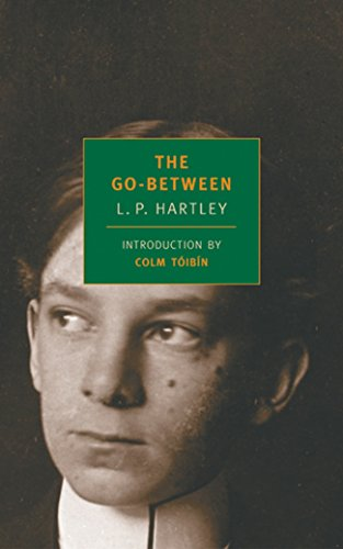 9780940322998: The Go-Between (New York Review Books Classics)