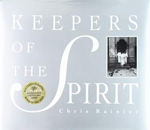 Keepers of the Spirit: Stories of Nature and Humankind (The Earthsong Collection): Rainier, Chris ...