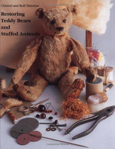9780942620344: Restoring Teddy Bears and Stuffed Animals