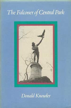 9780943828626: The Falconer of Central Park