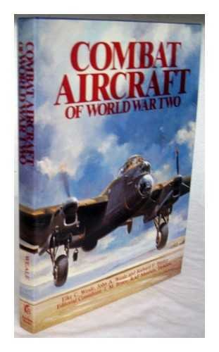 9780946495436: Combat Aircraft of World War Two