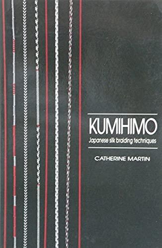 9780946534036: Kumihimo: Japanese silk braiding techniques