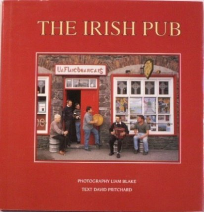 9780946887248: The Irish Pub