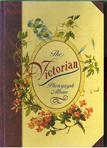9780947793906: The Victorian Photograph Album