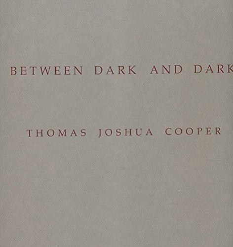 9780948274008: Between Dark and Dark