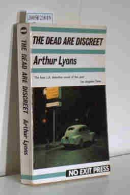 9780948353727: The Dead Are Discreet