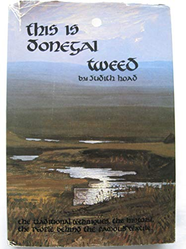 9780951159002: This is Donegal tweed