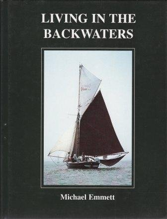 9780952955405: Living in the Backwaters