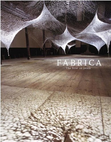 9780954338022: Fabrica the First 10 Years