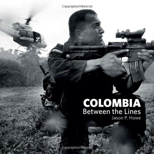 9780955912504: Colombia: Between the Lines