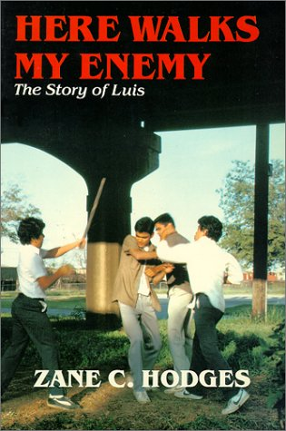 9780960757619: Here walks my enemy: The story of Luis
