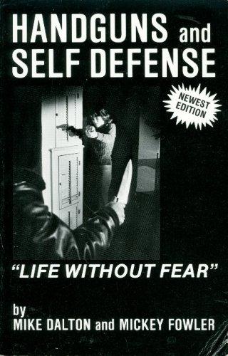 9780961095406: Handguns and Self-Defense: