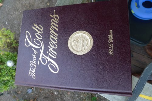 9780962594373: The Book of Colt Firearms