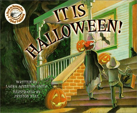 It is Halloween! (Book to Remember): Appleton-Smith, Laura