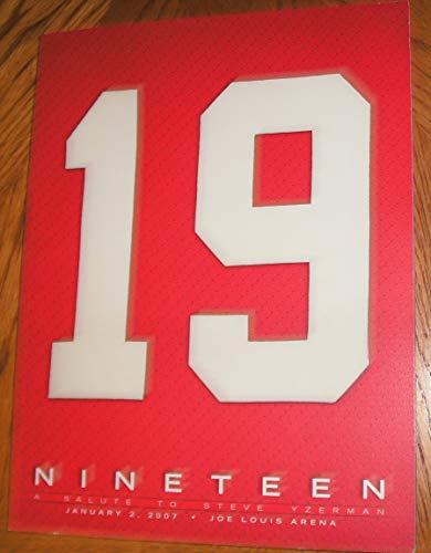 9780966412062: Ninteen: A Salute to Steve Yzerman
