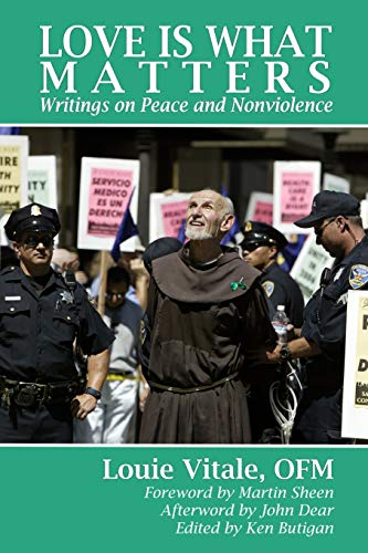 9780966978360: Love is What Matters: Writings on Peace and Nonviolence