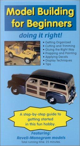 9780970139313: Model Building for Beginners [VHS]