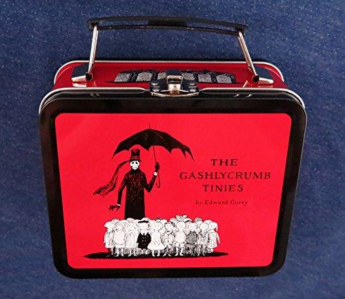 9780974083834: Gashlycrumb Tinies Mini Lunch Box (Red) Plastic