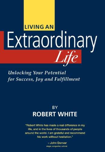 9780975358504: Living an Extraordinary Life