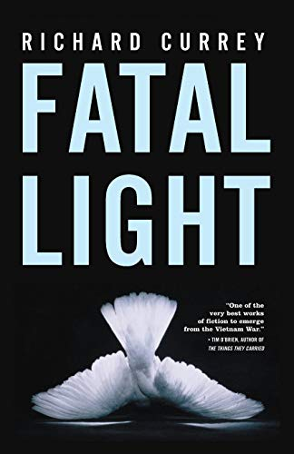 9780977679928: Fatal Light
