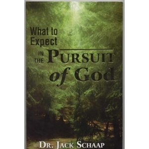 9780977893614: What to Expect in the Pursuit of God