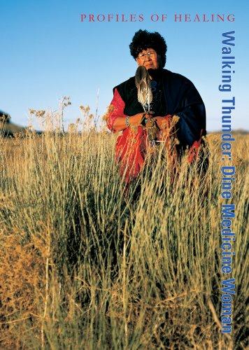 9780980054361: Walking Thunder: Dine Medicine Woman