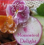9780981801605: Moments of Delight