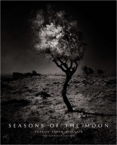 9780982080900: Seasons of the Moon