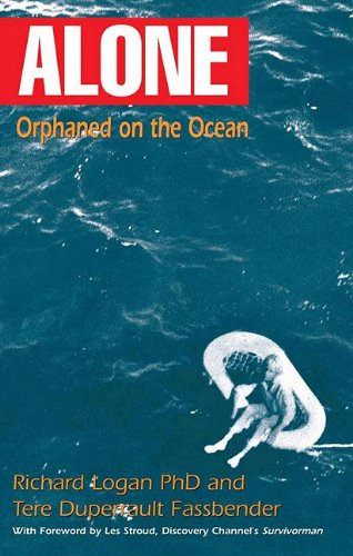 9780982720639: Alone: Orphaned on the Ocean