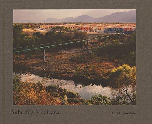 9780983231608: Suburbia Mexicana