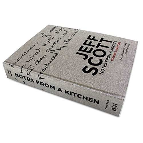 9780983615927: Notes from a Kitchen