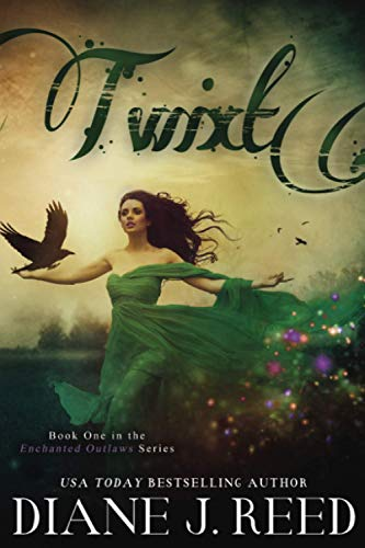 9780984912902: Twixt (Enchanted Outlaw Series) (Volume 1)