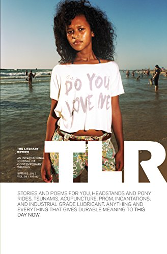 9780986084317: The Literary Review: Do You Love Me?