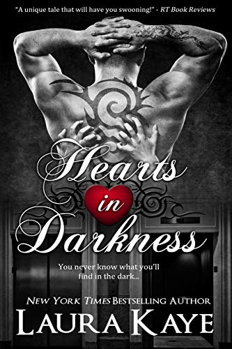 9780989465007: Hearts in Darkness