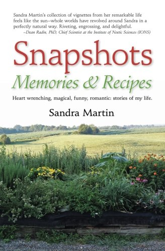 9780997469936: Snapshots: Memories and Recipes