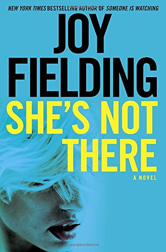 9781101966877: She's Not There: A Novel