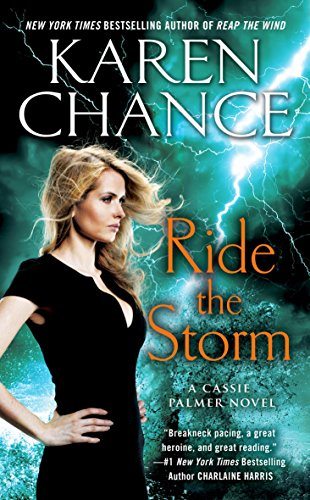9781101989982: Ride The Storm (Cassie Palmer)