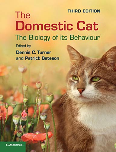 9781107025028: The Domestic Cat: The Biology of its Behaviour